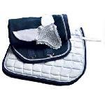 Conjunto mantilla, orejeras y manta blanca-azul con cordón 1314