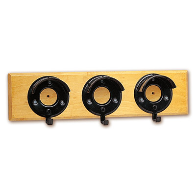 Porta bridas triple con madera Stubbs