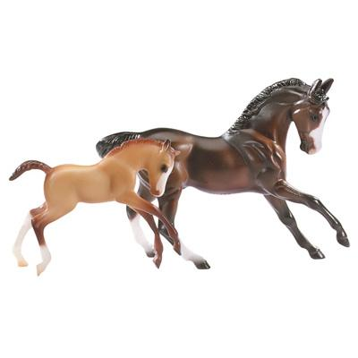 B5930 - Horse & Foal Set  (Stablemates)